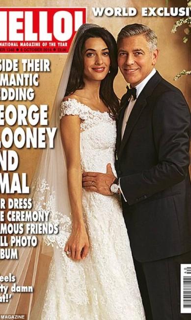 Todos os detalhes foram reproduzidos pelo ilustrador, como a mão de Clooney na cintura de Amal © HELLO MAGAZINE