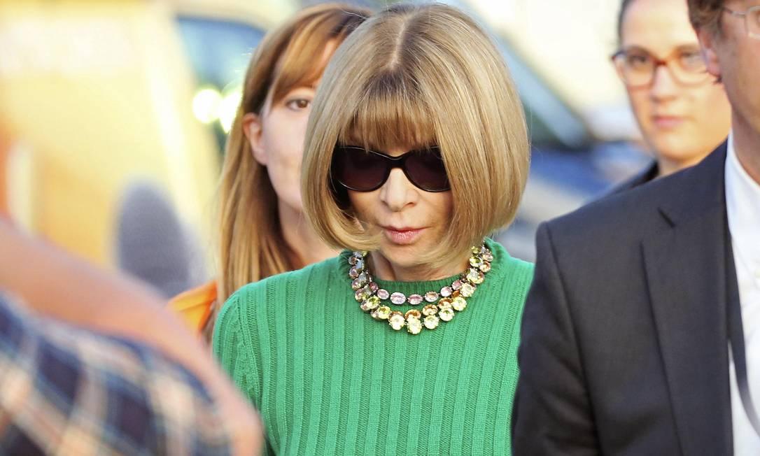 A editora da 'Vogue' americana Anna Wintour é uma das convidadas que já está em Veneza para o casamento. Hoje, ela foi vista em uma balsa que transportava convidados da festa ALESSANDRO BIANCHI / REUTERS