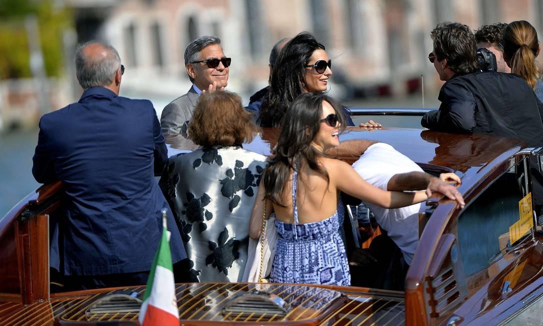 Estrelas de Hollywood e paparazzi do mundo inteiro já começaram a chegar para a cerimônia ANDREAS SOLARO / AFP