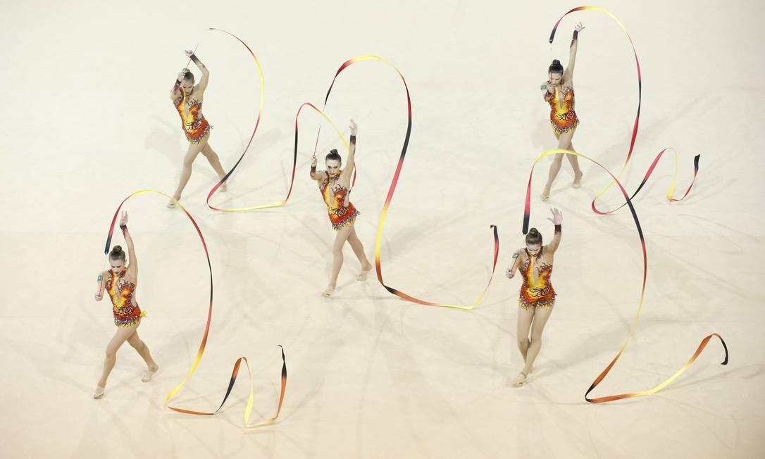 Equipe brasileira de ginástica rítmica ganha a segunda medalha de ouro Foto: KEVIN VAN PAASSEN / AFP