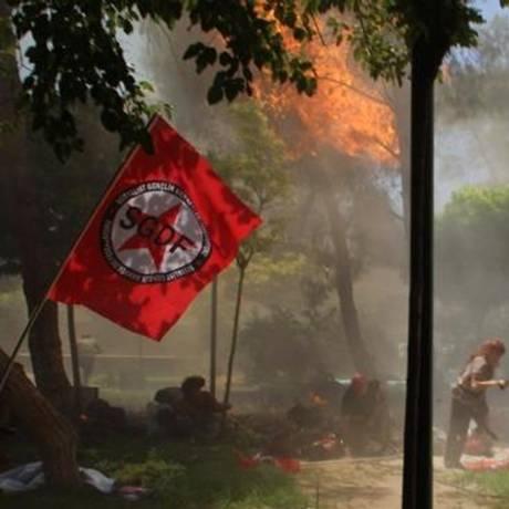 Explosão na cidade turca de Suruc ocorreu perto da fronteira com a Síria Foto: - / AFP