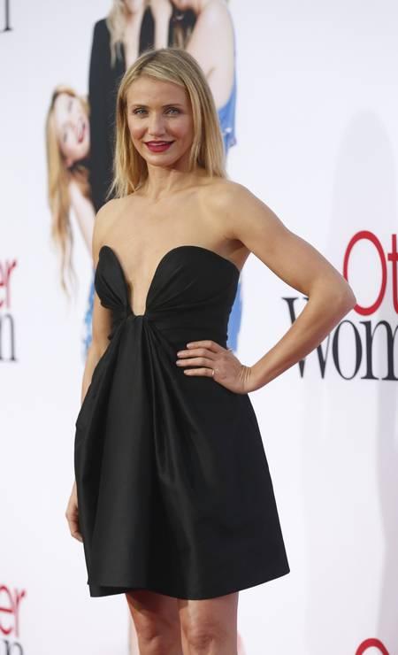 Aos 42 anos, completados neste sábado, a atriz Cameron Diaz segue como uma das mais desejadas do cinema. Em eventos, ela abusa de curtos e efeitos sensuais MARIO ANZUONI / REUTERS