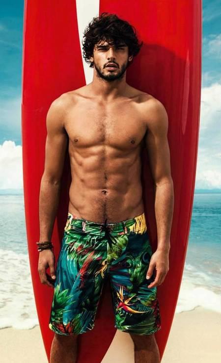 """Aos 22 anos, Marlon Teixeira é o modelo masculino brasileiro mais badalado do momento. Marlon costuma protagonizar ensaios e campanhas com pouca roupa. Não à toa foi parar na lista dos mais sensuais do """"Models.com"""" Foto: Divulgação"""