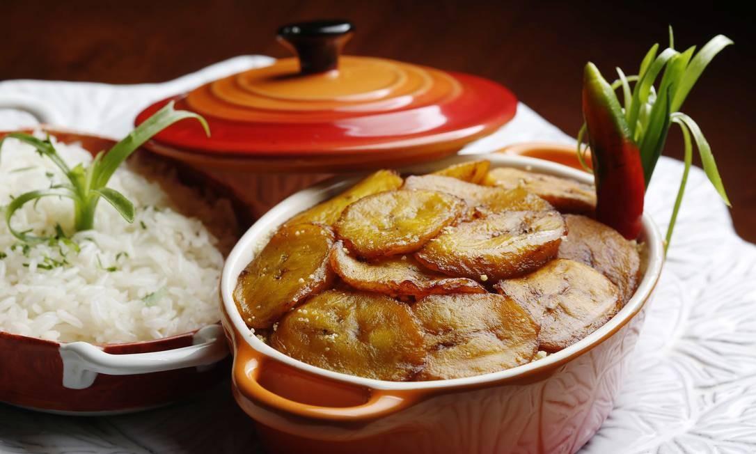 No Zefinha Bistrô, da chef Selma Holanda Reis, o pirarucu de casaca é um dos pratos mais pedidos Ana Branco / Agência O Globo