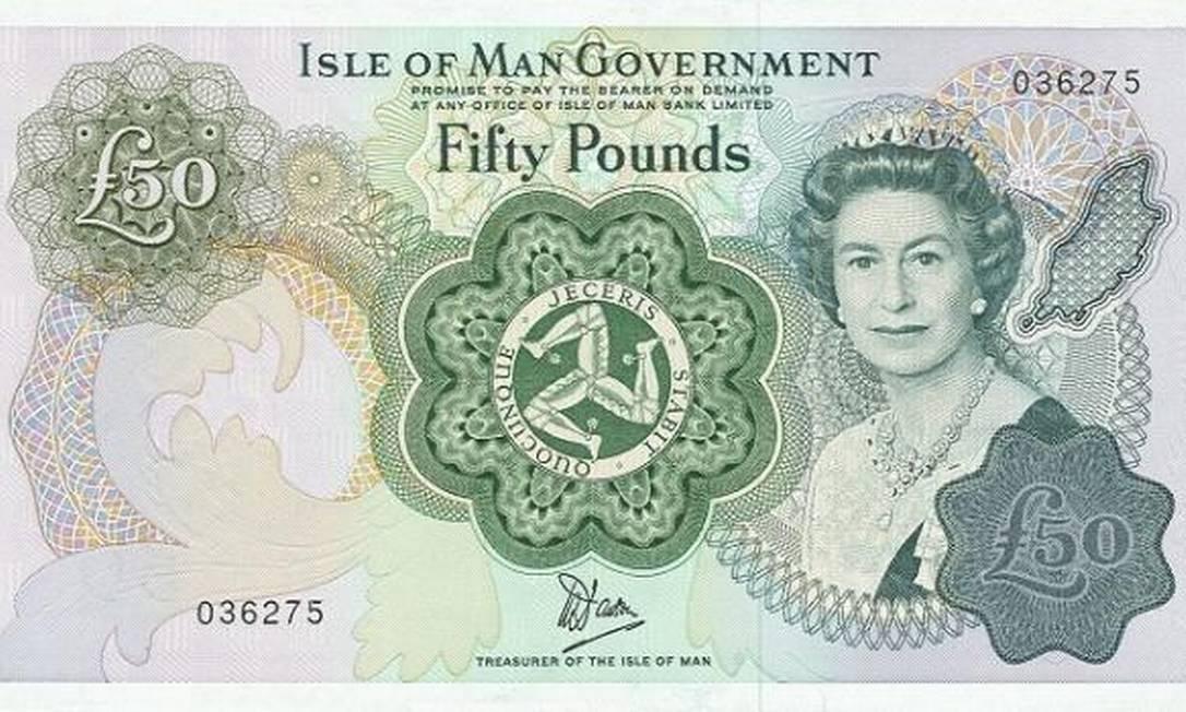 Em cédula de cinquenta libras da Ilha de Man, dependência da Coroa britânica no Mar da Irlanda, aos 51 anos Reprodução