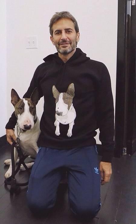 Neville Jacobs, o Bull terrier do estilista Marc Jacobs, tem mais de 47 mil seguidores no Instagram Foto: Reprodução/ Instagram