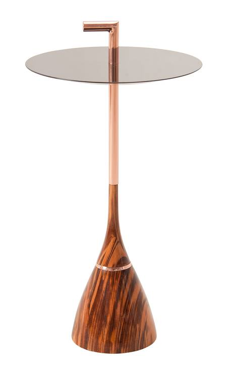 Mesa lateral da Lattoog, na Way Design (waydesign.com.br) R$ 1.845,30 Foto: Paulo Vasconcellos Fotografias / Divulgação