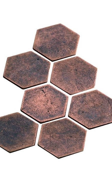 Pastilhas para parede Ekko (ekkorevestimentos.com.br), R$ 588,90 a caixa com cinco peças Foto: divulgação / Divulgação