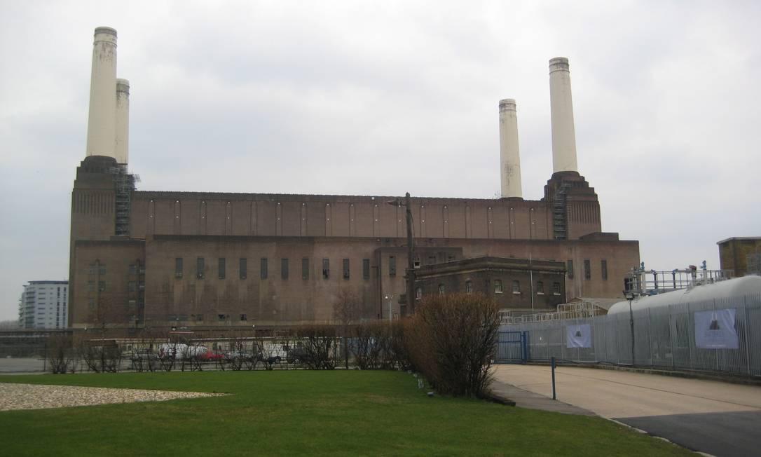 A usina de Battersea em 2013, antes da reforma Vivian Oswald / Agência O Globo