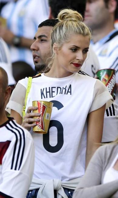 """Outra bela WAG (sigla para """"mulheres e namoradas"""", em inglês, como são conhecidas lá fora) é Lena Gercke, namorada de Sami Khedira Matthias Schrader / AP"""