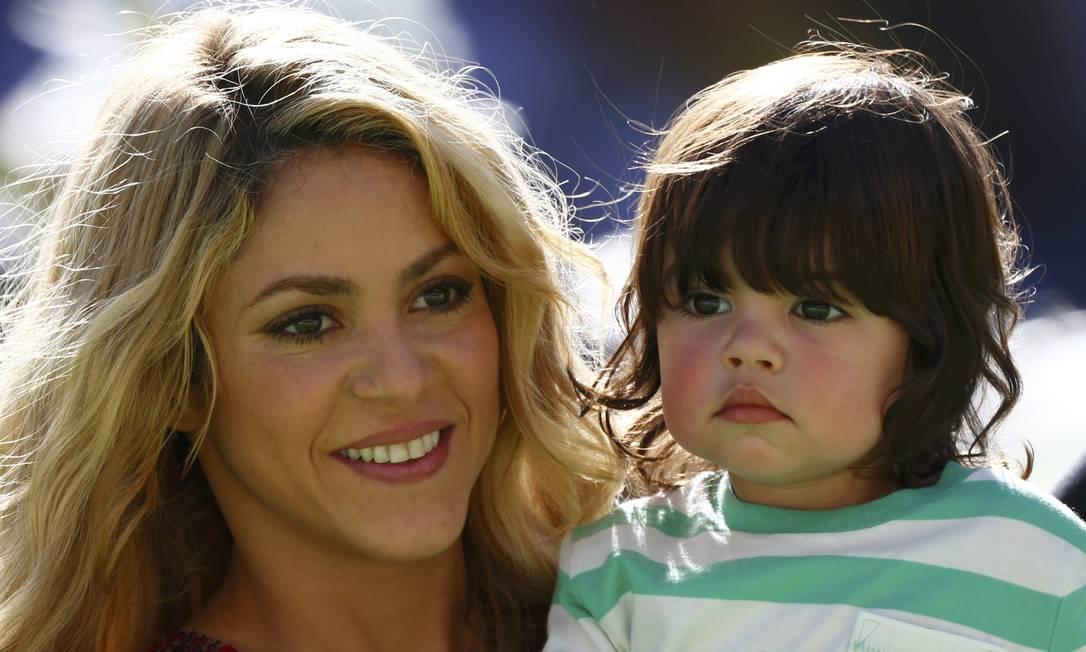 Com toda a sua fofura, o pequeno Milan, filho da cantora com o jogador espanhol Gerard Piqué, também brilhou no Maracanã EDDIE KEOGH / REUTERS