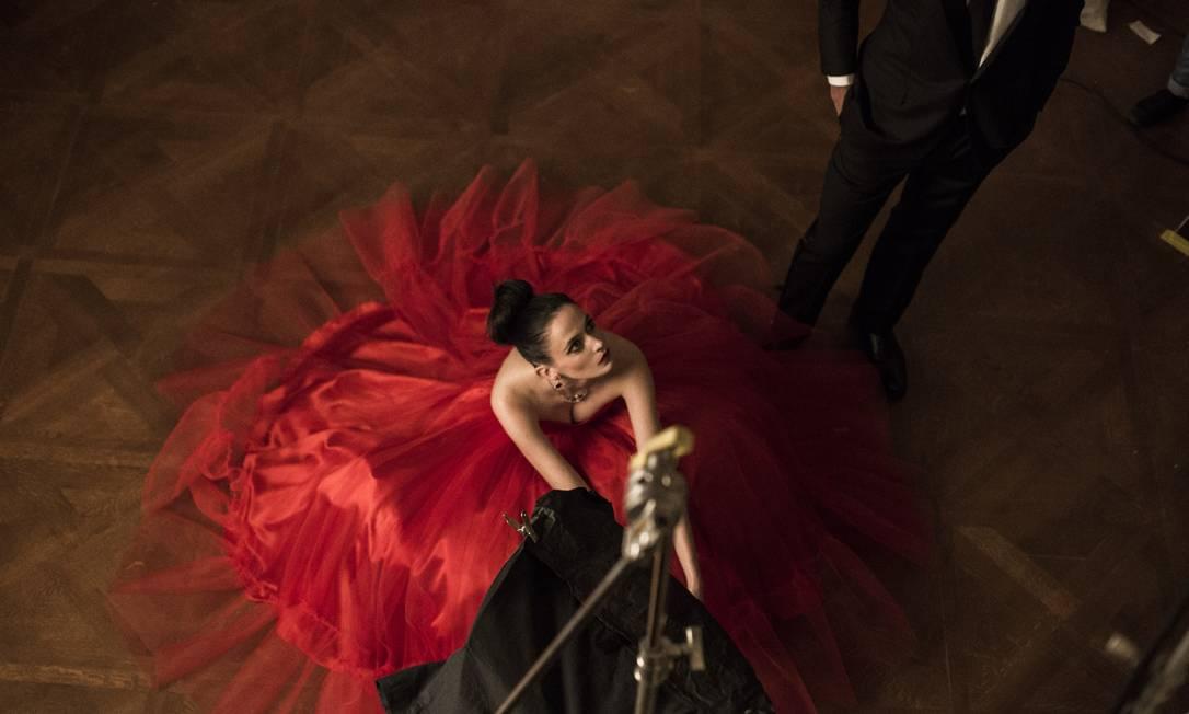 """A estrela da série """"Penny Dreadful"""" na pele de Vanessa Ives fotografou o tema """"Mitologia Mixologia"""" Divulgação / Francesco Pizzo"""