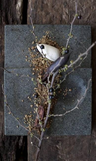 Sobremesa servida em pedra chilena Divulgação