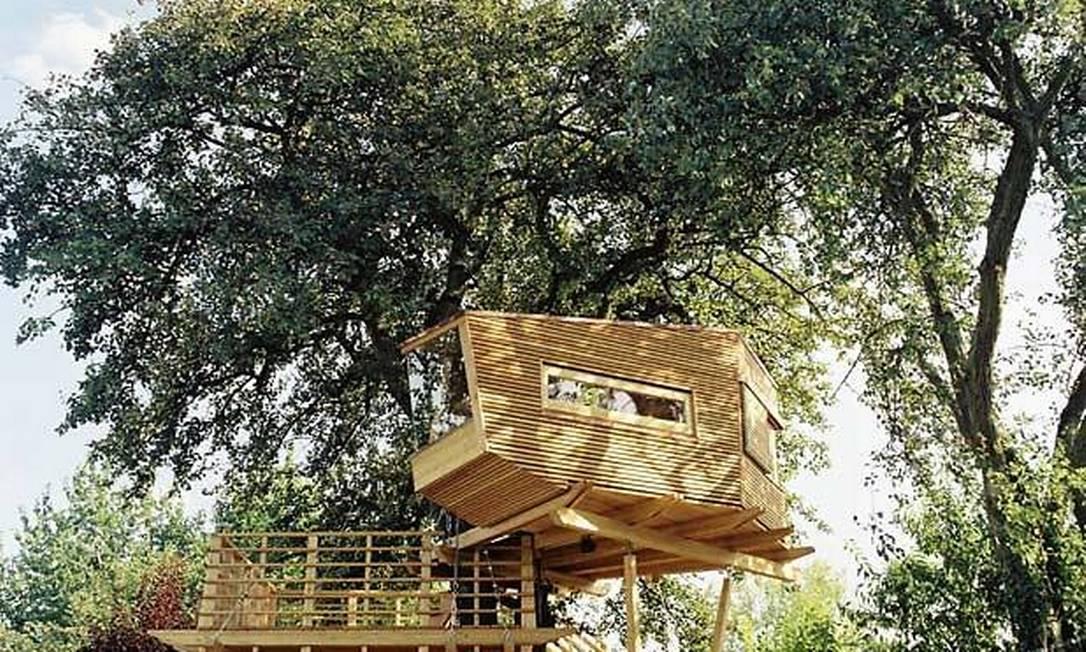 As casas servem como verdadeiros refúgios, onde as pessoas podem relaxar na copa das árvores Divulgação / Baumraum
