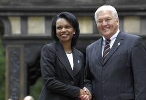 Condoleezza e Steinmeier em 2007: ministro alemão parecia incomodado com questão de voos secretos da CIA Foto: Sandra Steins/g-8.de