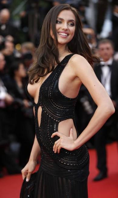 A modelo russa Irina Shayk, namorada de Cristiano Ronaldo, é a quarta mais sexy da lista da revista VALERY HACHE / AFP