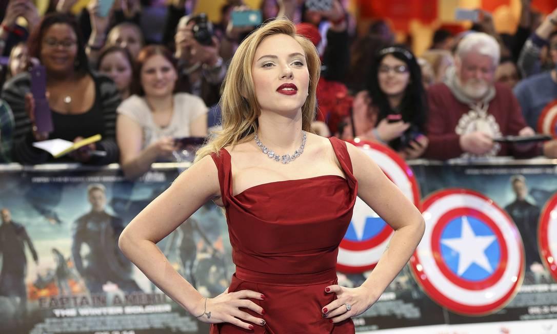 A atriz Scarlett Johansson, de 29 anos, que está grávida de seu primeiro filho acabou ficando na segunda posição da lista PAUL HACKETT / Reuters