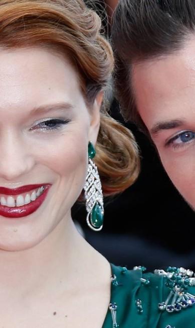 """A francesa Lea Seydoux, de """"Azul é a cor mais quente"""", que venceu o prêmio de melhor filme de Cannes no ano passado, usou joias Chopard (patrocinadora do festival) para desfilar seu modelito Prada VALERY HACHE / AFP"""