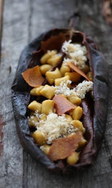O livro faz um recorte da riquíssima colcha de retalhos que é a gastronomia do Brasil, com mais de 100 receitas simples e fáceis. na foto, nhoque de banana da terra Divulgação / Divulgação