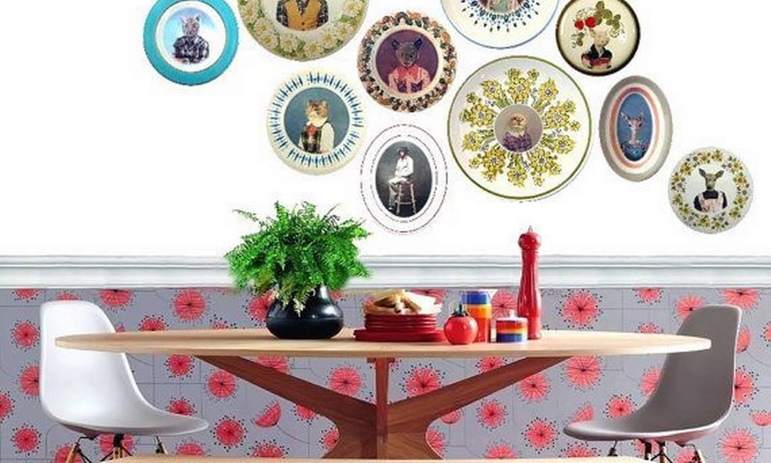 Combinando (ou descombinando) pratos de várias cores e tamanhos Divulgação