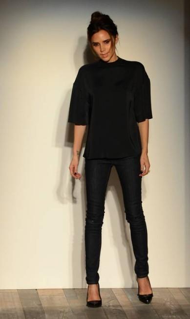 Em 2008, depois de algumas coleções colaborativas, a ex-Spice finalmente lança sua própria marca na semana de moda de Nova York. As resenhas, na época, foram bastante positivas e costumam ser até hoje STAN HONDA / AFP