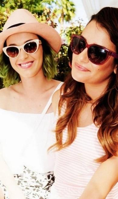 Famosos do mundo inteiro foram ao festival de música Coachella, nos Estados Unidos, durante este fim de semana. A cantora Katy Perry e a atriz Lea Michele marcaram presença Reprodução / Instagram