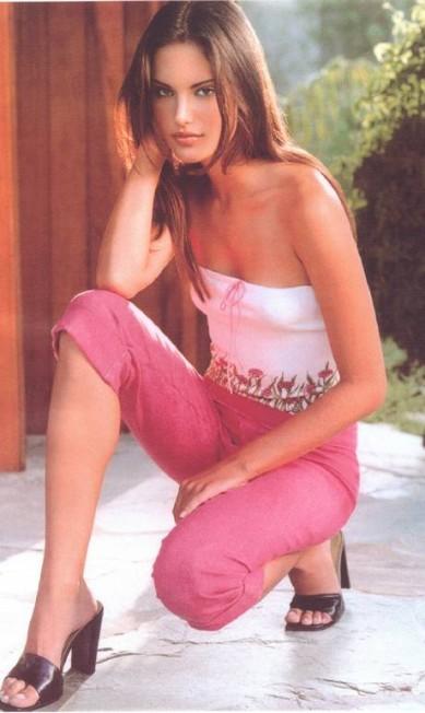 Alessandra Ambrosio em 2000 Divulgação