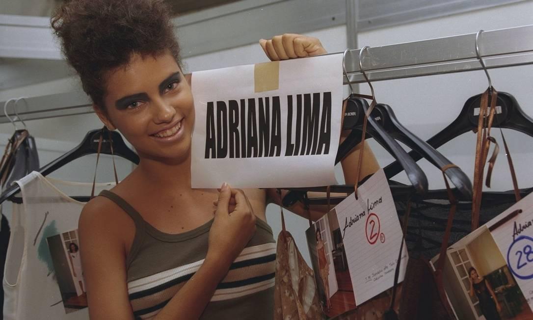 Em 1997, durante a semana Barrashopping de Estilo, a baiana Adriana Lima já era requisitada pelos fotógrafos. Mas seu look era completamente diferente do atual, que costuma exibir na passarela da Victoria's Secret Ana Branco/ O Globo