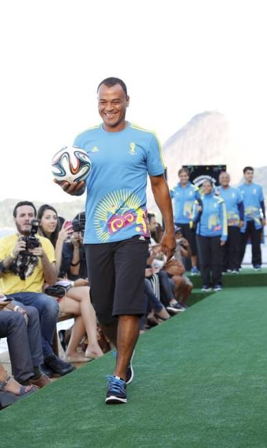 Cafu em momento modelo Fabio Rossi / Agência O Globo