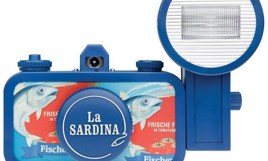 Máquinas fotográficas lomo da série La Sardina (shop.lomography.com) Divulgação