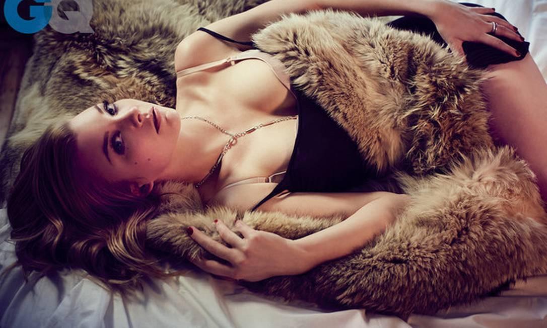Essa não é a primeira vez que a revista faz um ensaio sensual com um ator da série. Emilia Clarke, Jack Gleeson (Joffrey Baratheon), Kit Harington (Jon Snow), Nikolaj Coster-Waldau (Jaime Lannister) e até Peter Dinklage (Tyrion Lannister) já passaram pelas páginas da publicação Reprodução / Revista GQ
