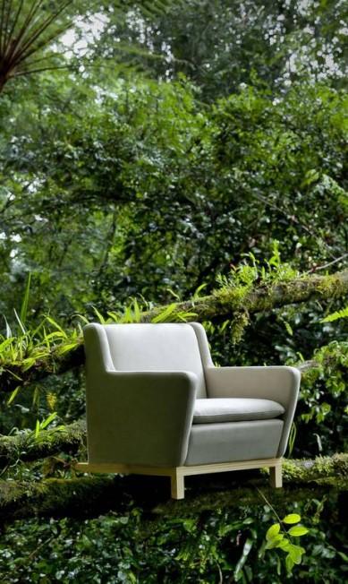 Sofá jungle, linha de mobiliário também faz sucesso. Todas as fotos foram feitas na floresta Divulgação