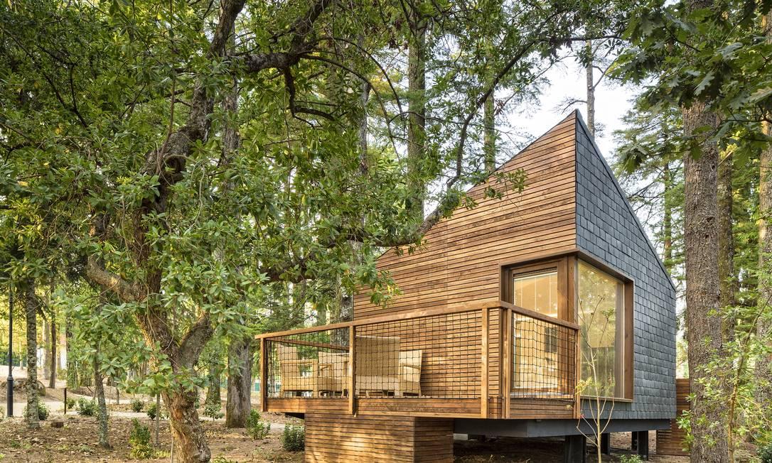 Existem eco houses no chão também. Maiores, para a família, com varandão, sala e cozinha Divulgação