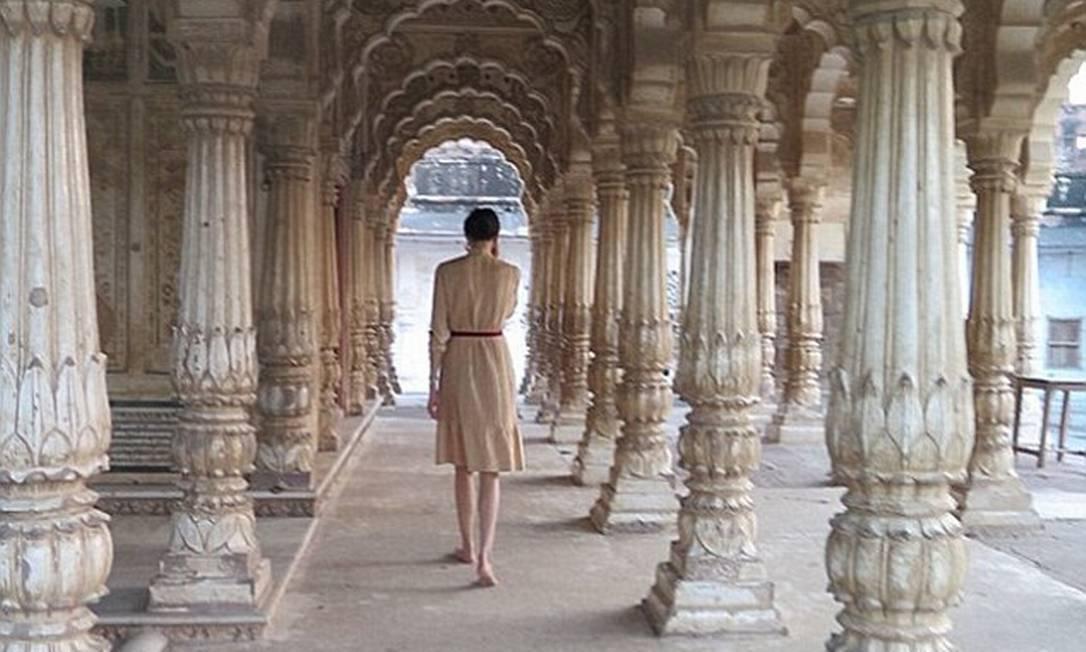 Ela não hesitava em fazer upload de imagens dos seus luxuosos passeios, como neste templo do século XIX na Índia © L'Wren Scott INSTAGRAM