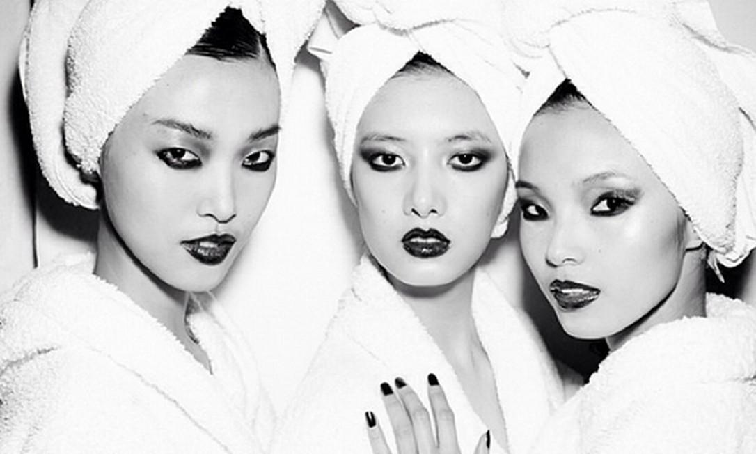 Três de uma vez: as modelos chinesas Ju Xiaowen, Tian Yi e Cici Xiang Foto: Instagram
