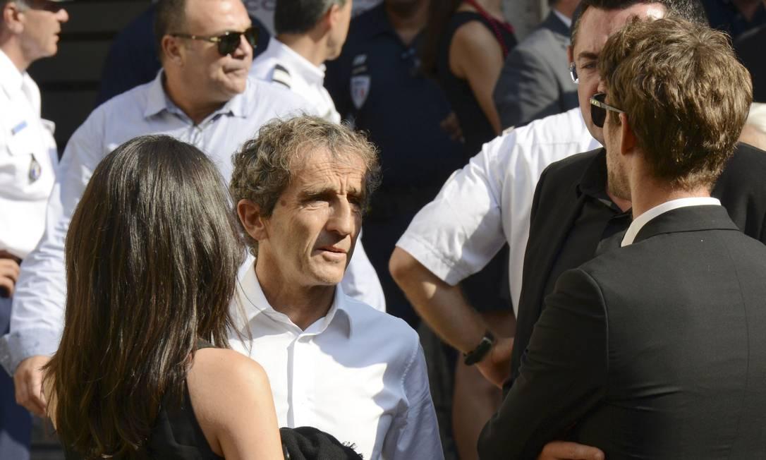 O francês Alain Prost, ex-campeão da Fórmula-1, foi outro que prestou homenagem a Bianchi: o GP da Hungria, no domingo, terá minuto de silêncio JEAN-PIERRE AMET / REUTERS