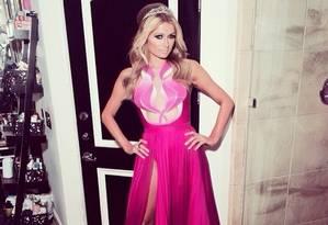 Paris Hilton e seu vestido de 'princesa' Foto: Reprodução Instagram