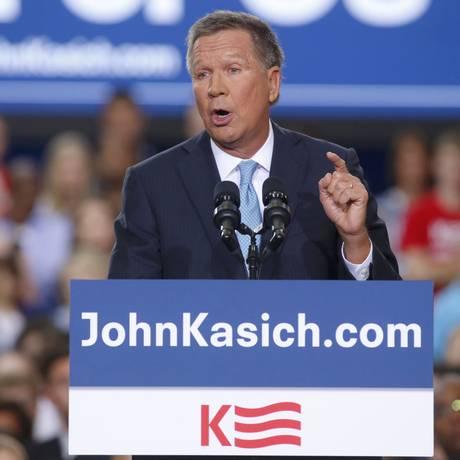 Republicano John Kasich anuncia sua pré-candidatura para as eleições de 2016 durante comício em Columbus, Ohio Foto: AARON P. BERNSTEIN / REUTERS