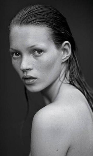 Vicente de Paulo, fotógrafo, é fã da série de imagens feitas por Mario Sorrenti na década de 1990 para a grife Calvin Klein Reprodução
