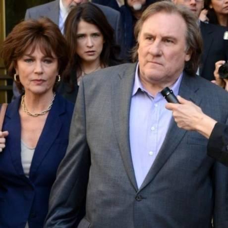 """Jacqueline Bisset e Gérard Depardieu em cena do filme """"Bem-vindo a Nova York: sem boas-vindas em Kiev Foto: Divulgação"""