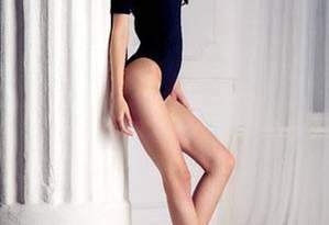 Anastasia Strashevskaya: 1m79, sendo 106 cm só de pernas Foto: Divulgação