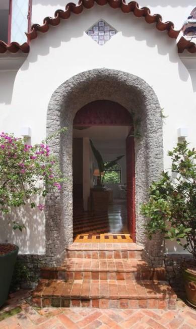A entrada da casa dos anos 1920 Leonardo Costa / Divulgação