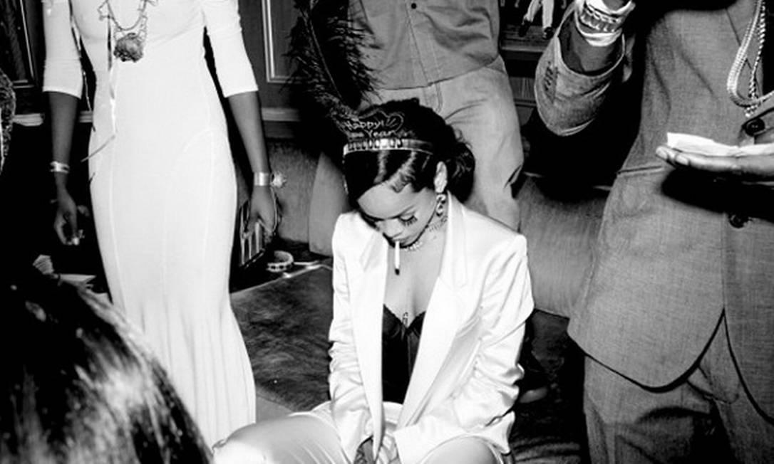 Será que a diva cansou da noite exaustiva? © Rihanna Instagram