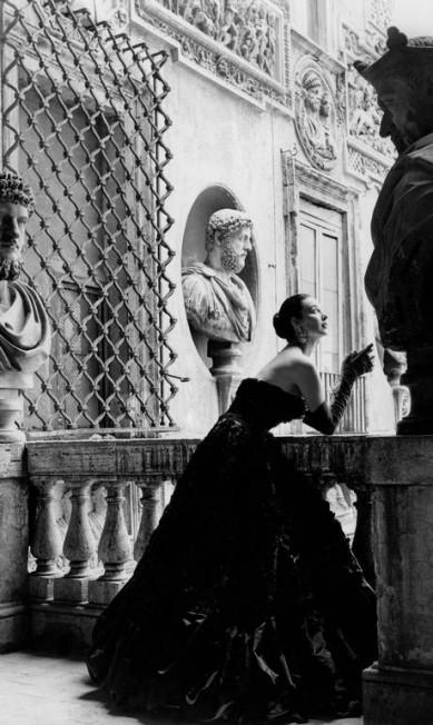 Imagem de ensaio realizado em Roma, em 1952: trabalho rendeu elogios da poderosa Diana Vreeland Genevieve Naylor