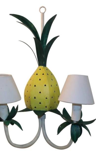 Arandela de abacaxi da Arteiro (R$ 250) Terceiro / Divulgação