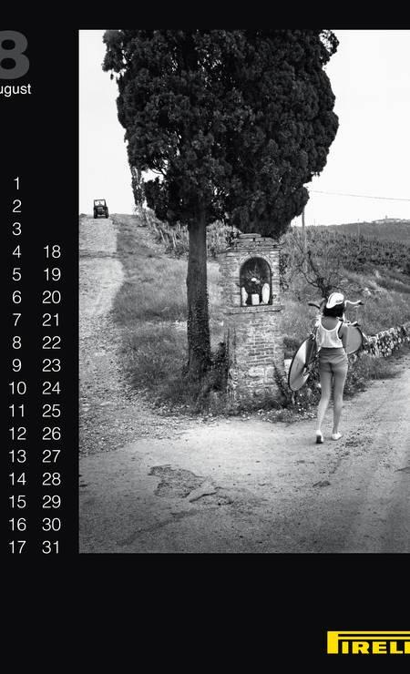 A empresa fará também uma exposição nos dias 23 e 24 de novmebro, no HangarBicocca, em Milão, para os convidados do grande baile de lançamento e para o público em geral com fotos emblemáticas dos 50 anos de calendário Divulgação