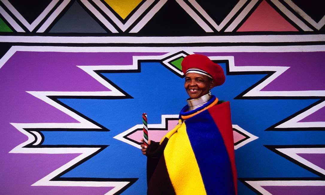 Conheça a artista africana que encantou Herchcovitch