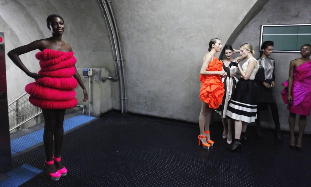 As modelos estavam vestidas com roupas de acervo de mais de 15 grifes que já fizeram desfiles na passarela oficial do SPFW PAULO WHITAKER / REUTERS