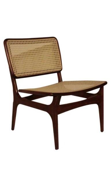 Cadeira Diomar, da LZ Studio, R$ 1.510 Terceiro / Divulgação