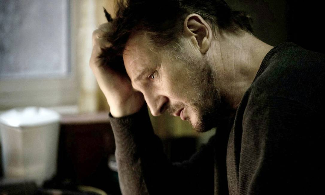 Liam Neeson, 61 anos: o ator costuma mostrar sua boa forma no cinema... Agência O Globo